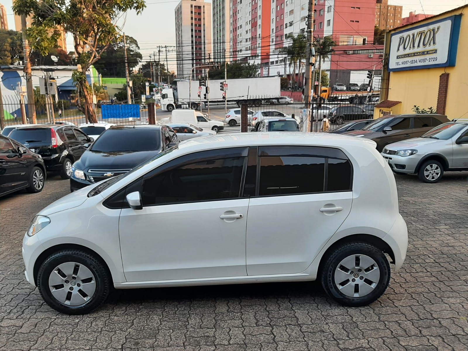 VW UP 1.0 TAKE , 2014/2015 ,SUPER NOVO , BAIXA KM ,COM AR DIREÇÃO VIDROS, OLHOU GOSTOU